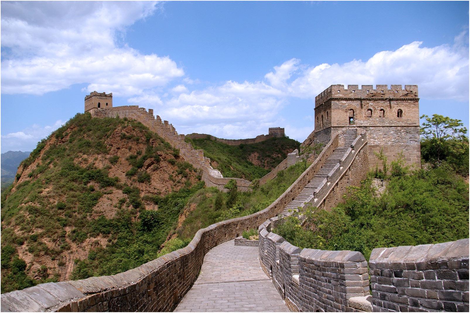 Каждая башня Великой Китайской стены должна была видеть другую башню.